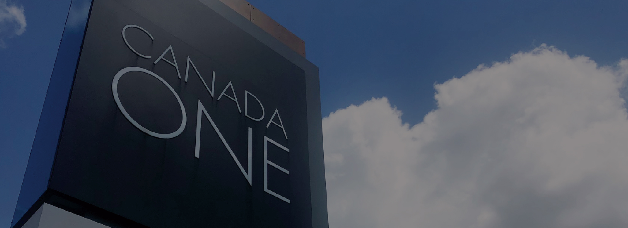 Canada One Outlets Niagara Falls located at 7500 Lundy's Lane